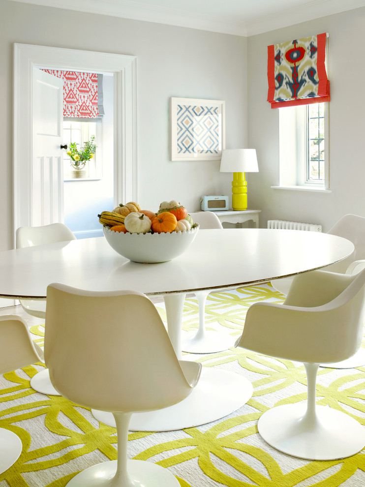 round-pedestal-dining-table-Dining-Room-Transitional-with-fruit-bowl-Ikat-roman